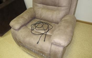 Конкорд: Кресло реклайнер электро  в комплекте - удлинитель на 3,5 метра